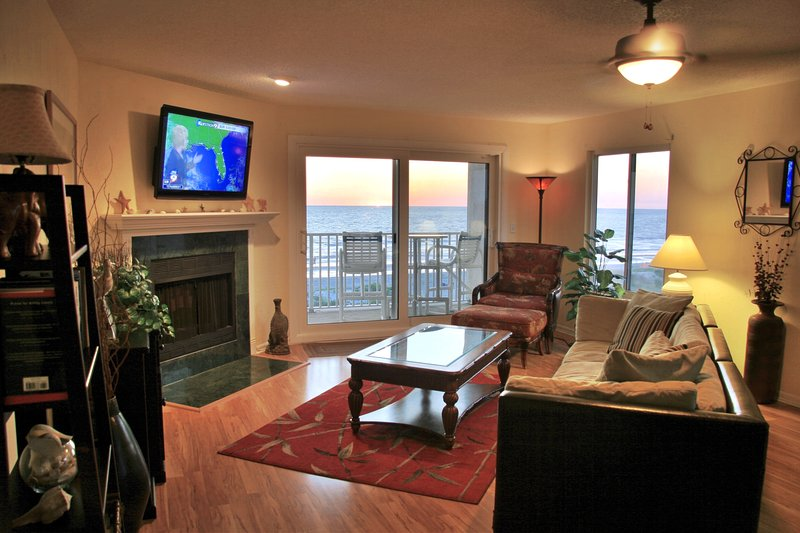 Family room with 42' TV.