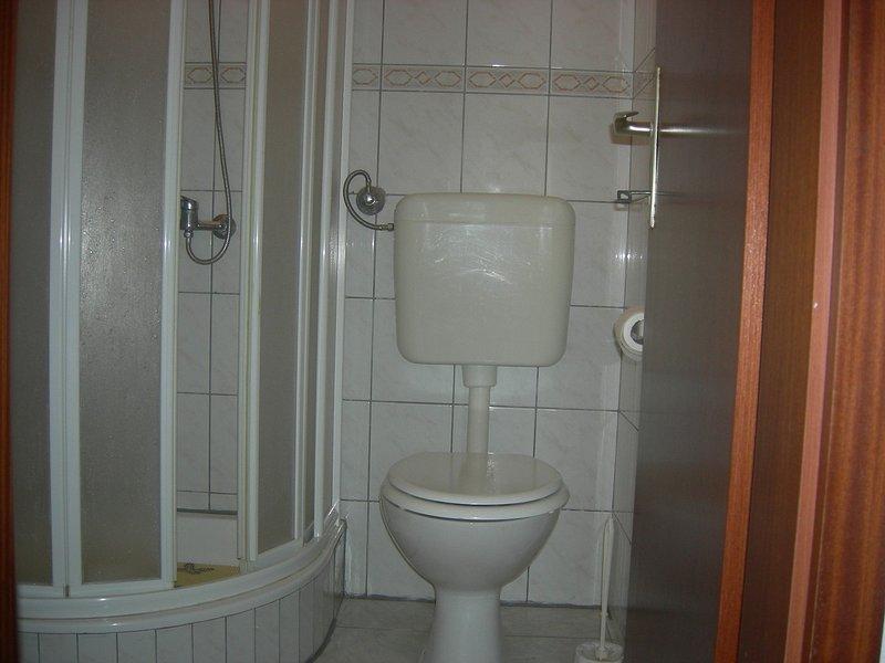A1 (2 + 1): Bad mit WC