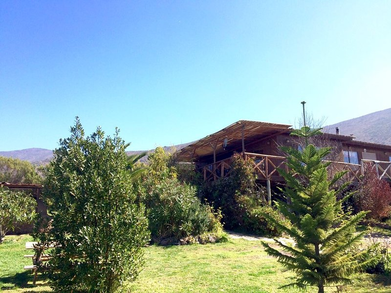 house with spectacular views of the valley, vacation rental in La Serena