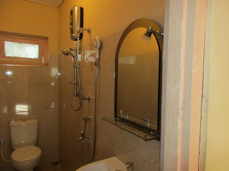 Bath - Hot water shower
