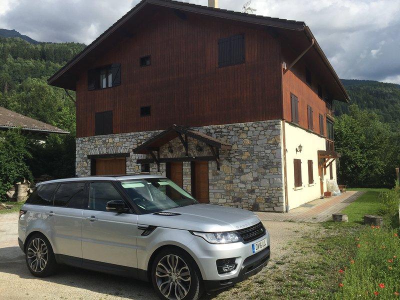 Casa de montaña en verano