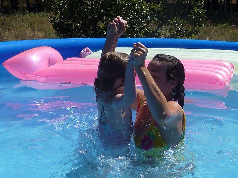 Gorgeous kids splash pool