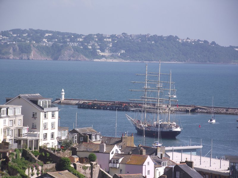 Sea Crest Apartment with Spectacular views and parking, casa vacanza a Churston Ferrers