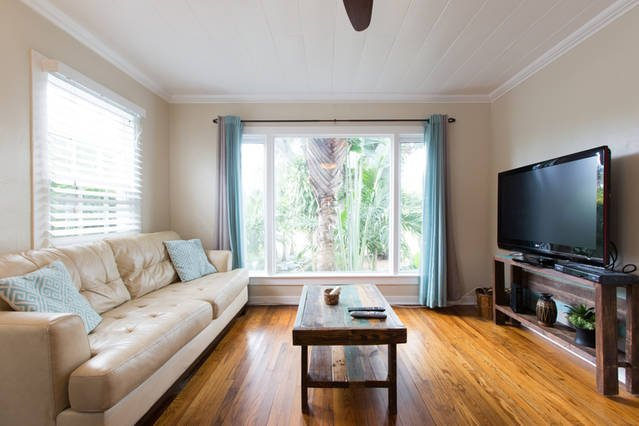 Downtown Cottage Oasis, Private Lot, vacation rental in Delray Beach