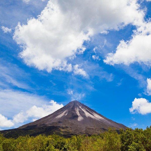 Aventuras del volcán arenal