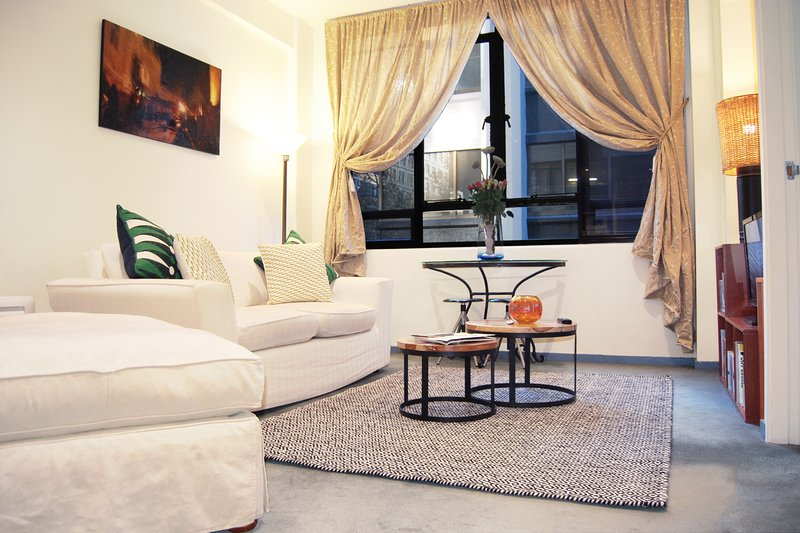 Honey Apartments 2 - Cnr Queen Street & Flinder Ln, vacation rental in Footscray