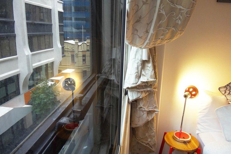 Toutes les chambres ont plein de fenêtres avec double vitrage - Honey Appartement One