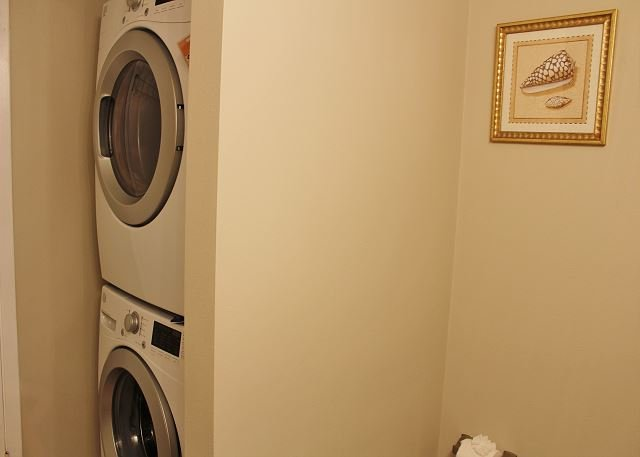 Washer&Dryer in Half Bath