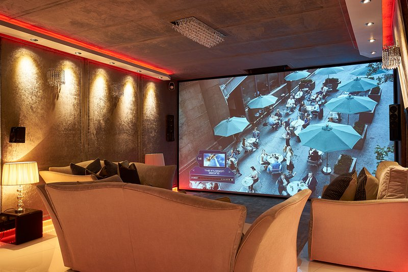 Cinema - Night LED Mood Lighting set to Deep Red