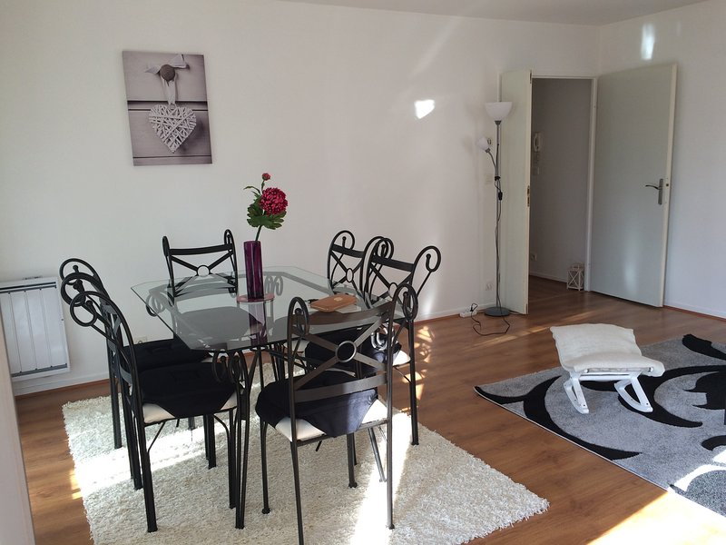 Lovely apartment Disneyland Paris 6 pers., vacation rental in Conde-Sainte-Libiaire