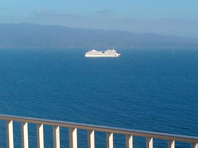 AJACCIO SANGUINAIRES  T2 50 M2  VUE MER, vacation rental in Ajaccio