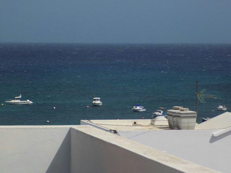 Apartamento Punta Mujeres-Arrieta, vacation rental in Punta Mujeres