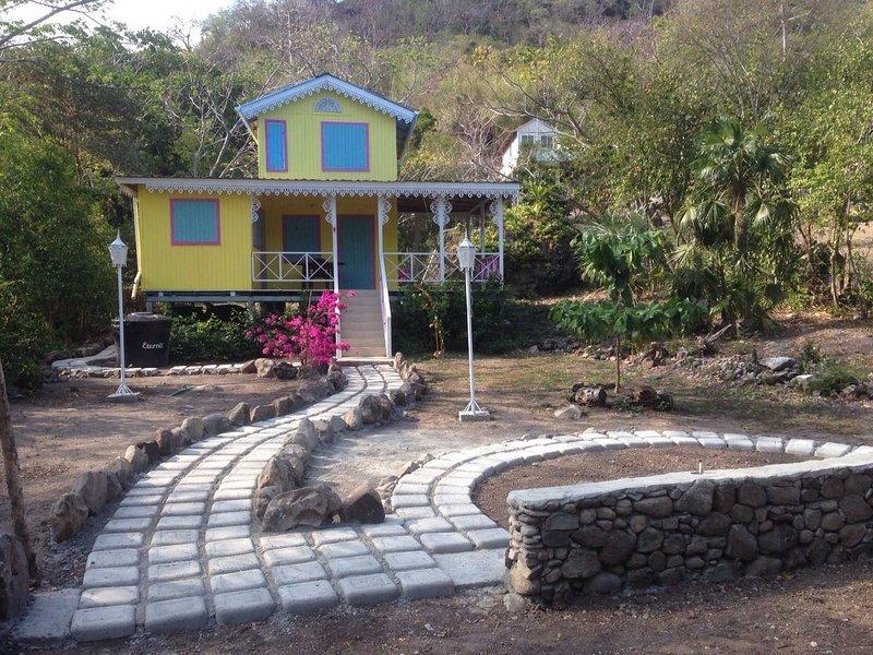 Casa Isleña - 45 Mtrs de la Playa, location de vacances à Département de San Andres et Providencia