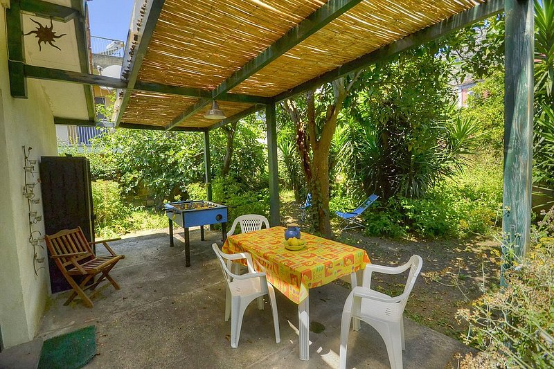 Casa Ardesia, holiday rental in Meta