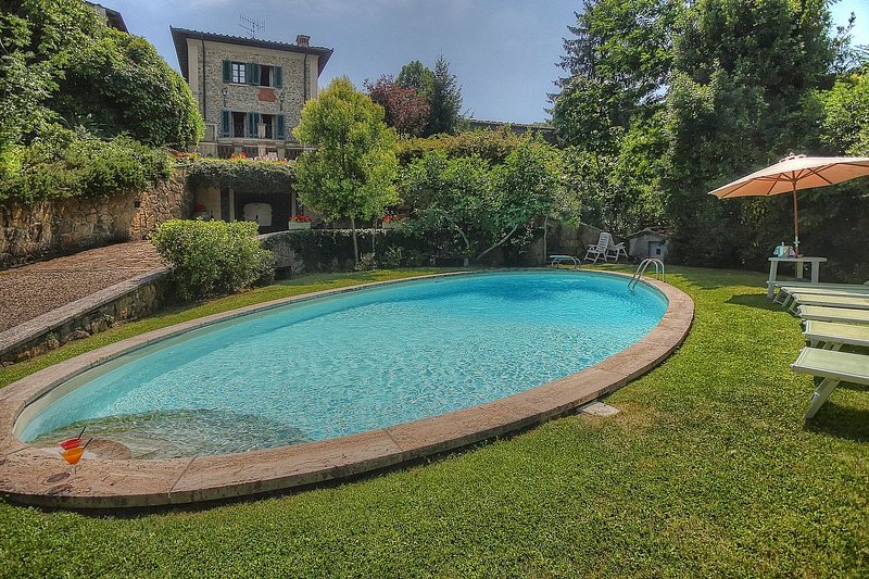 Lucolena in Chianti Holiday Home Sleeps 10 with Pool and WiFi - 5229103, casa vacanza a Casole