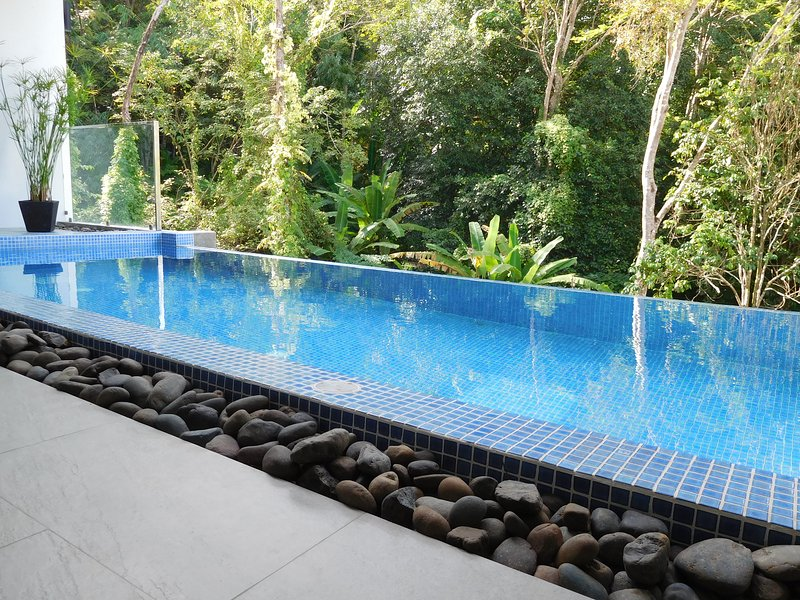Zen Tree Pool Villa 'Jungle View', holiday rental in Kamala