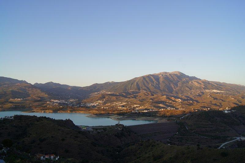 View from the pool: La Maroma, o pico mais alto da Axarquia
