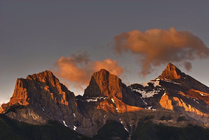 Tres hermanas Cordillera
