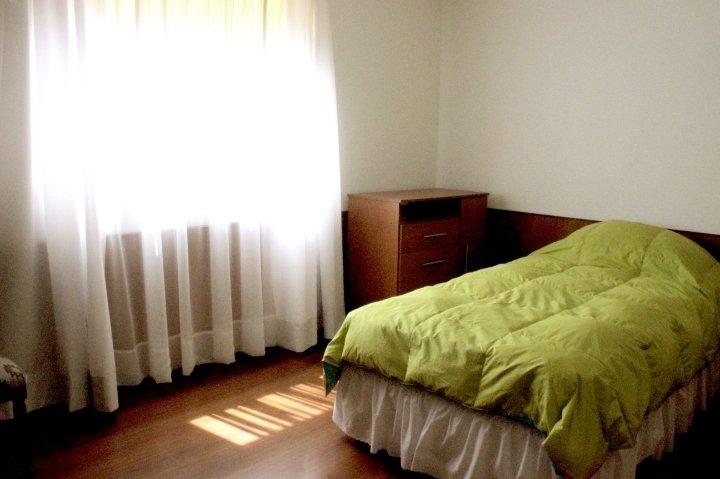 Casa amoblada sector Av. Brasil, seguro, holiday rental in Antofagasta Region
