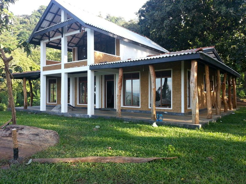 The Woods, holiday rental in Ohiya