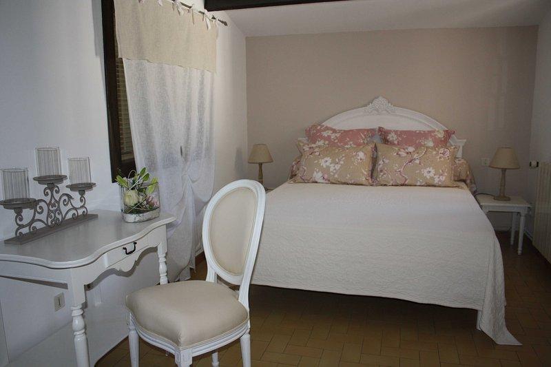 Gîte 2 pers, location de vacances à Vedène