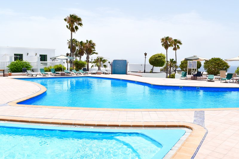 2 swimmingpool