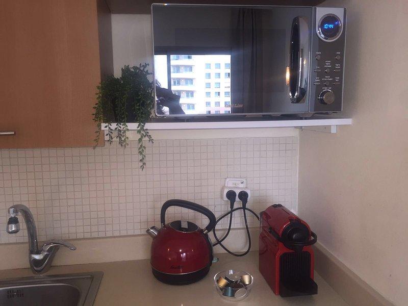 Beautiful apartment on the beach!, alquiler vacacional en Atlit