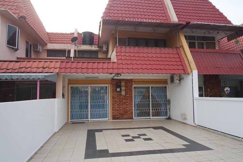 Double Storey House ※ Seremban Town, alquiler vacacional en Kuala Klawang