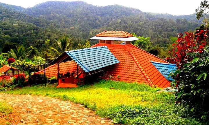 A Homestay in a Coffee Estate is  rare opportunity for Vegetarian- Teetotalers, vakantiewoning in Madikeri
