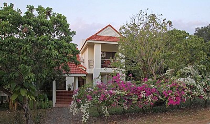 B7 2BR House, casa vacanza a Chanthaburi Province