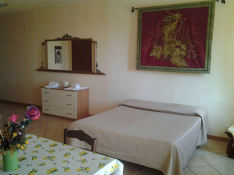 Mono locale Sergio, holiday rental in Porto Empedocle