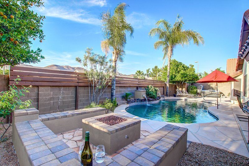 Amazing private yard with all the amenities for a great holiday.
