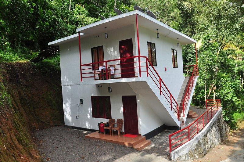 Sunleo Spice Cottage, holiday rental in Kunjithanny