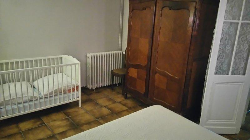 Crib in room