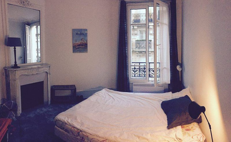location appart Paris Chambre dans