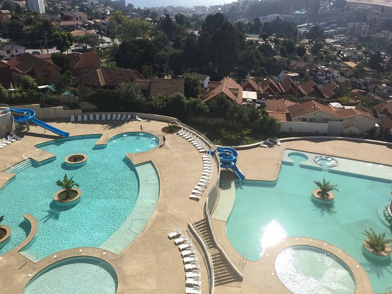 Ocean view and pool in all rooms