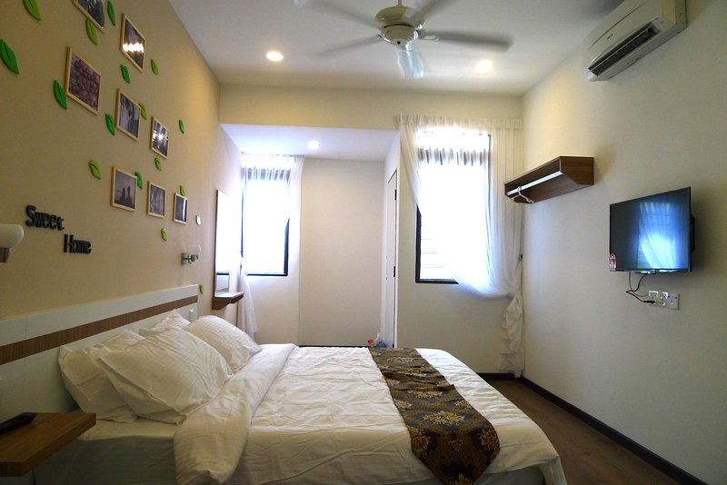 Gurney Home at Georgetown, Penang Island, holiday rental in George Town