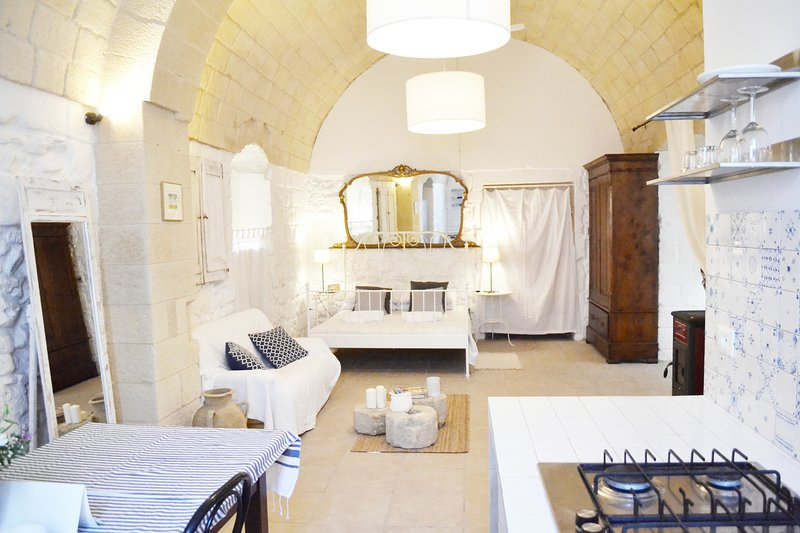 Suite 3. Salento Guesthouse Residence, casa vacanza a Cannole