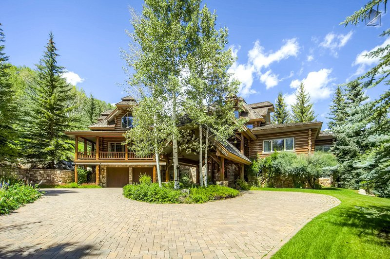 The exterior home has that log cabin feel, but the interior is much more majestic than you could ever imagine.