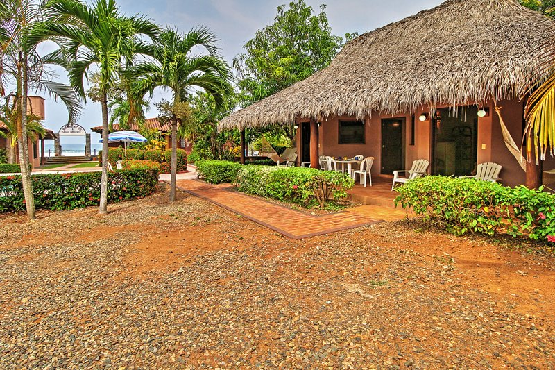 Find the peace and tranquility you've been searching for at this Troncones vacation rental cottage!