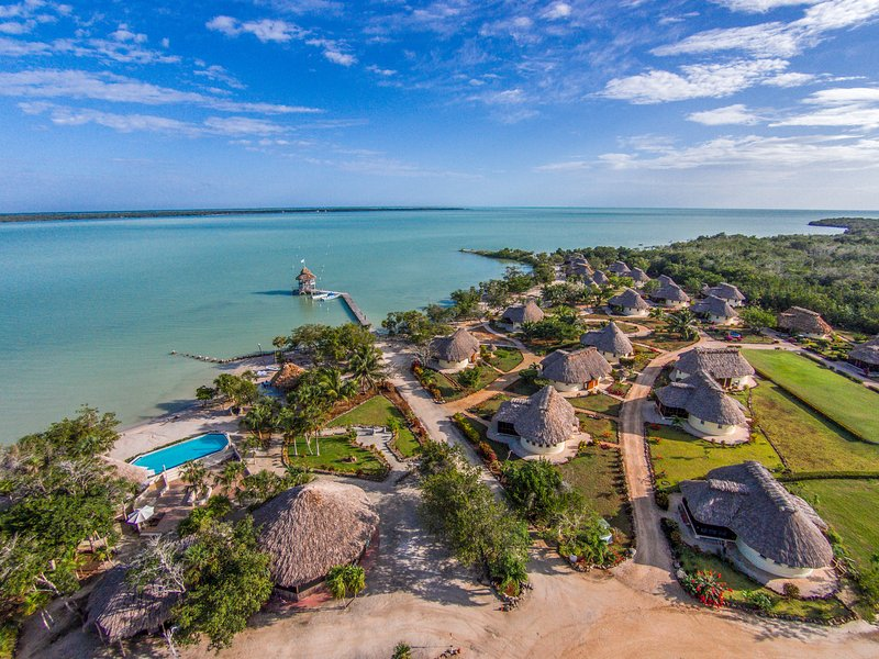 Orchid Bay Beach Club Casitas, holiday rental in Corozal