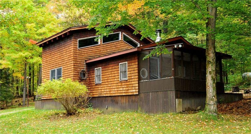 Cedarwood Lodge - Mountain Cabin - State Forest, holiday rental in DuBois