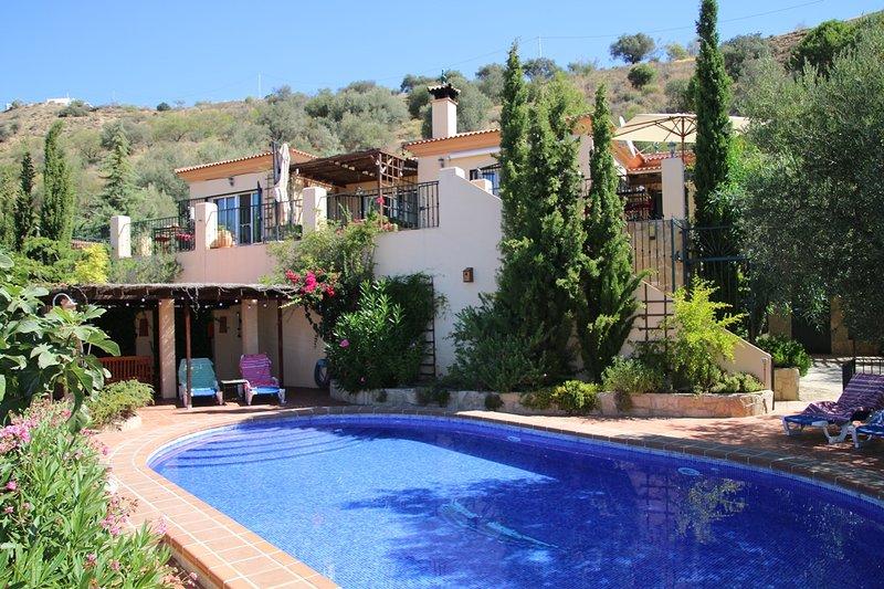 Casa La Olla and pool