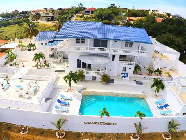 VILLA CRISTAL (Especially for Groups 14-28 pers.), vacation rental in Curaçao