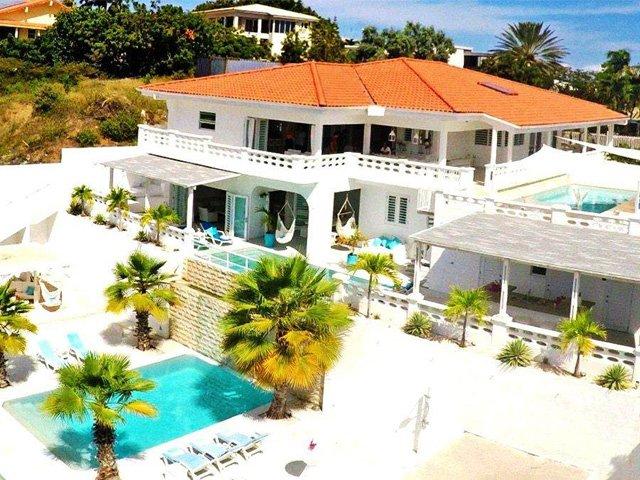 VILLA  'DOM PERIGNON' (especially for groups 8-14, vacation rental in Curaçao