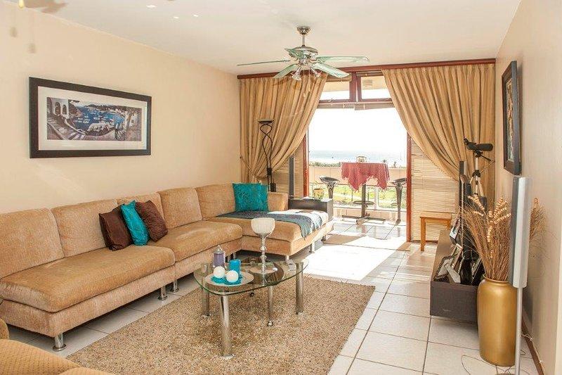Luxury Beachfront Accommodation in Port Elizabeth, casa vacanza a Port Elizabeth