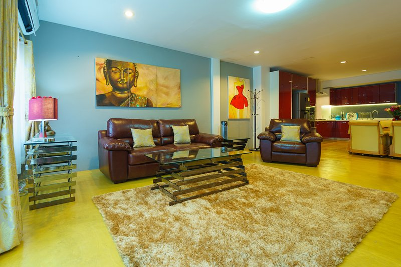 Chiang Mai Old City Townhouse, holiday rental in Chiang Mai