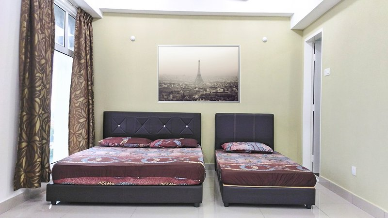Mentary Stay 2 Up-high KB Centre, holiday rental in Kota Bharu