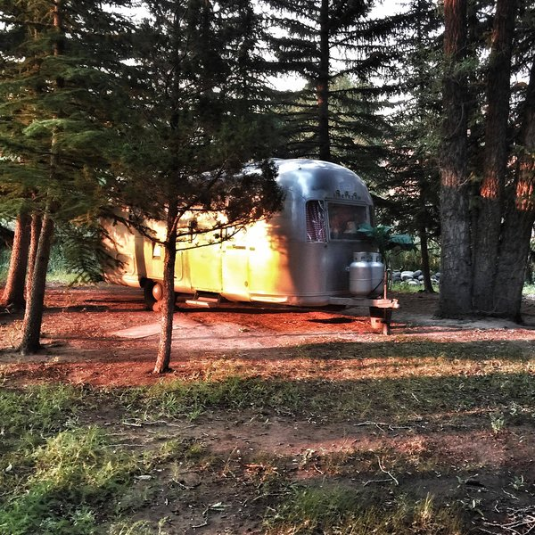 Glamping On The Wind River- An Airstream Adventure, vacation rental in Dubois
