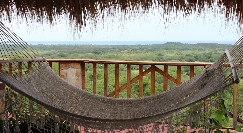 Casa Vistas Grandes, holiday rental in Playa Grande